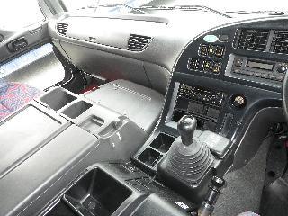 いすゞ 平ボデー・Wキャブ・シャーシ 大型 平成18年4月 PJ-CYL51V6A 9枚目