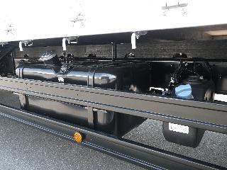 三菱 平ボデー・Wキャブ・シャーシ 大型  2KG-FK62FZ 19枚目