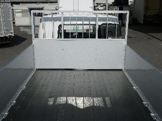 三菱 平ボデー・Wキャブ・シャーシ 大型  2KG-FK62FZ 16枚目