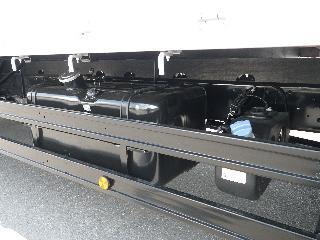 三菱 平ボデー・Wキャブ・シャーシ 大型  2KG-FK62FZ 20枚目