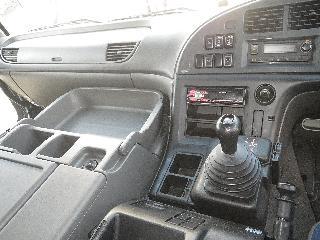 いすゞ ウィング 大型 平成27年4月 QKG-CYJ77A 9枚目