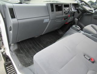 いすゞ 平ボデー・Wキャブ・シャーシ 小型 平成29年4月 TRG-NPR85AR 13枚目