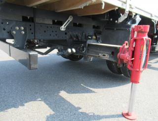 いすゞ クレーン付 小型 平成27年8月 TRG-NPR85AR 34枚目
