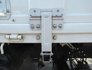 いすゞ クレーン付 小型 平成27年8月 TRG-NPR85AR 46枚目